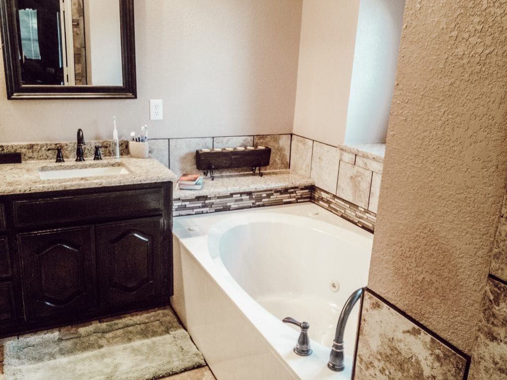 bathtub and sink remodel