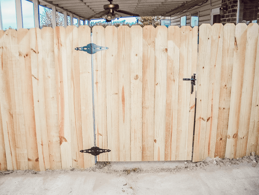 fence repair gate h&h construction and restoration
